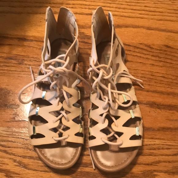 a70f4a00a59 Steve Madden gladiator sandals size seven!